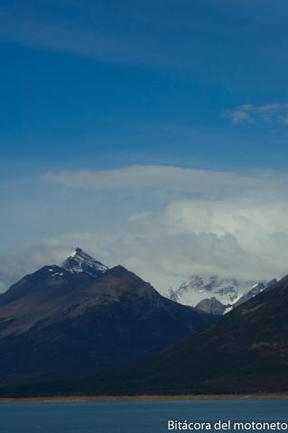 Nevados en el borde chileno aregentino