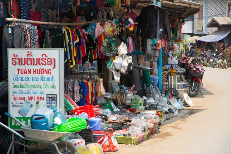 Mercado de Muang Khua