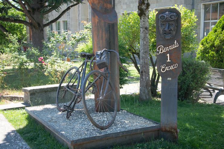 Monumento a l'Eroica, carrera de ciclismo vintage