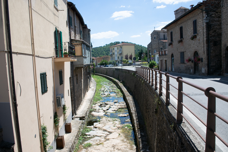 Caudalosa quebrada en Gaiole in Chianti