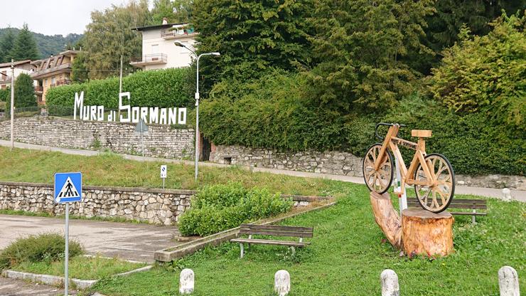 Entrada al pueblo de Sormano